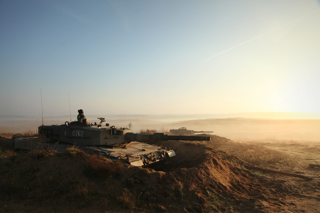 A  Leopard II tank from the Polish Army during  Exercise Steadfast Jazz, a joint training operation for NATO forces, November 2013. Photo: Cpl. Madis Veltman / Estonian army (CC 2.0)